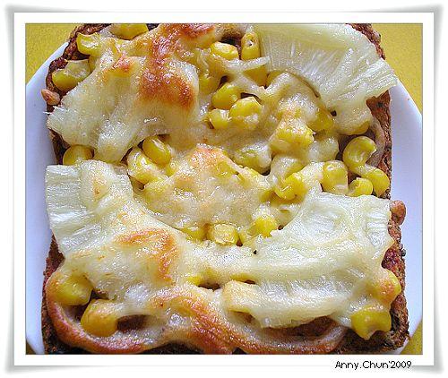 鳳梨玉米披薩吐司