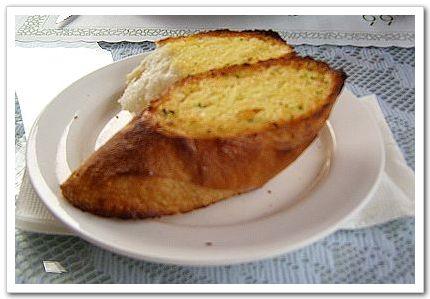 奶油大蒜法國麵包-六六西餐廳.jpg