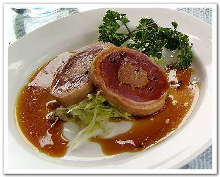 鵝肝醬肉捲-六六西餐廳.jpg