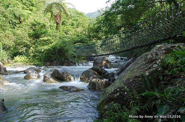 宜蘭松羅步道 松羅溪 藍色吊橋