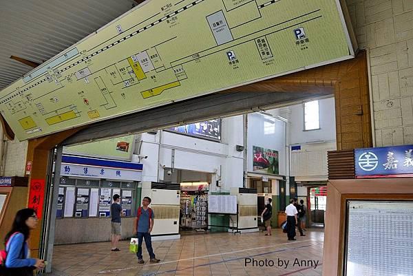 嘉義火車站4.jpg