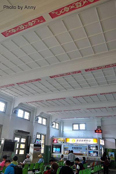 嘉義火車站5.jpg