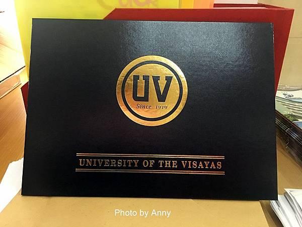 UV35.jpg