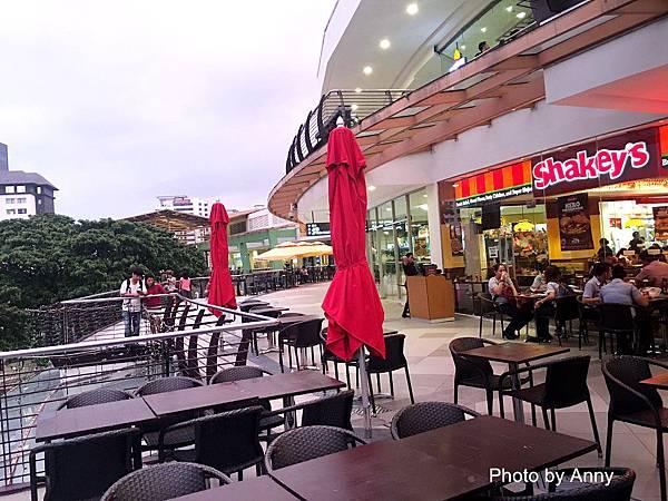 mall 1-1.jpg