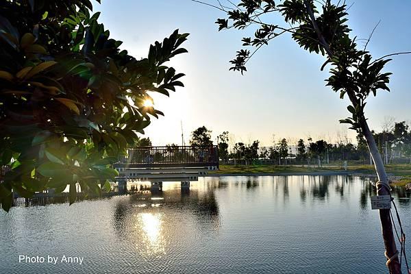 湖16.jpg