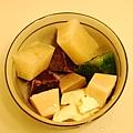 糙米、芋地瓜、豆腐、小白菜、青江菜、旗魚、黑眼豆.JPG