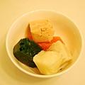 糙米、馬鈴薯、菠菜、紅蘿蔔+洋蔥、鮭魚.JPG