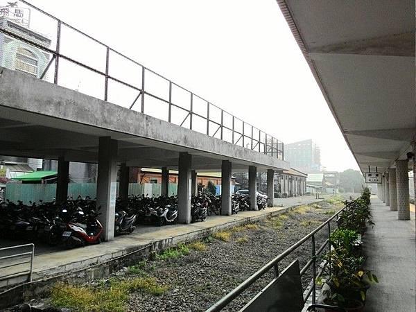 屏東車站 01.jpg