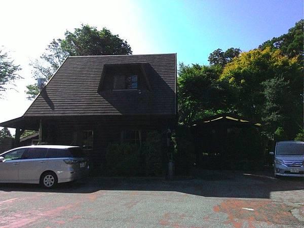 Katsuura Log Cottage CAPTAIN'S TABLE 18.jpg