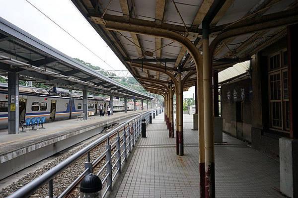 山佳車站 09.jpg