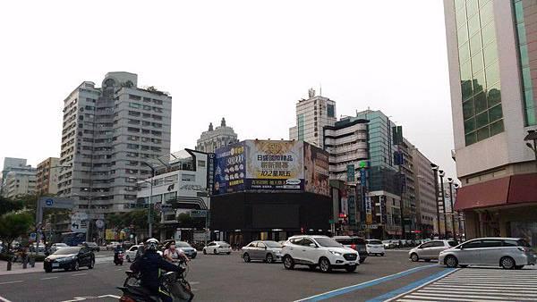高捷文化中心站 02.jpg