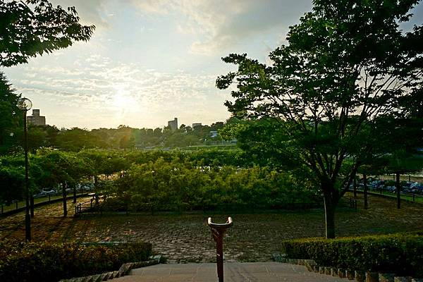 E12 荒池公園 02.jpg