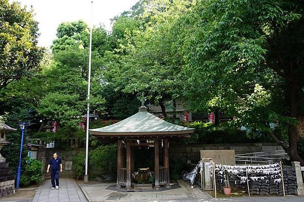 L06 上野公園五條天神社、花園稲荷神社 02.jpg