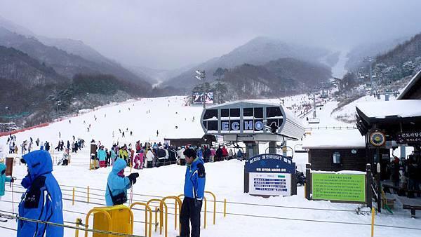 滑雪場.jpg