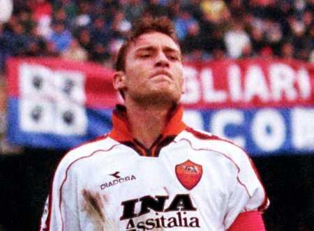 Totti02_2.jpg