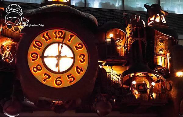 宮崎駿デザインの日テレ大時計-17