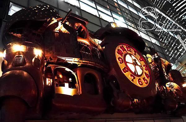 宮崎駿デザインの日テレ大時計-05