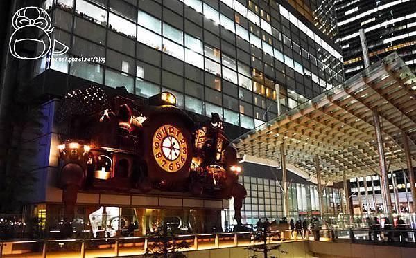 宮崎駿デザインの日テレ大時計-07