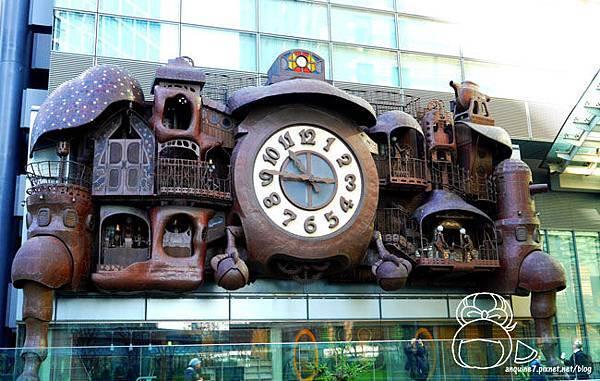 宮崎駿デザインの日テレ大時計-22