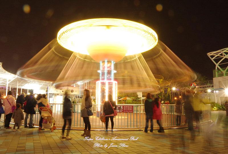 廖西瓜@台北市立兒童新樂園夜景17