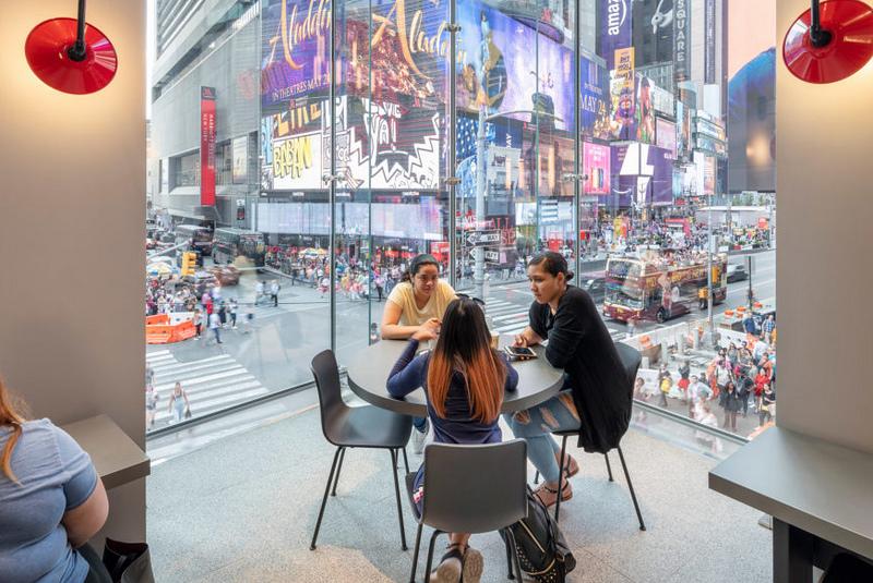 mcdonalds-times-square-new-york-city-landini-associates-progressive-ae_dezeen_2364_col_2-938x1024.jpg