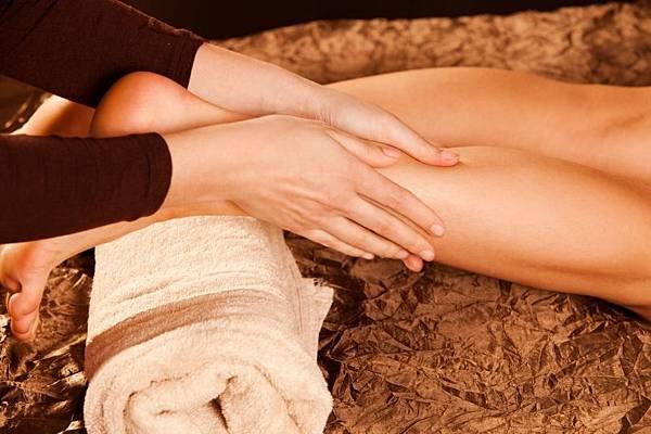 微電治療腿部肌肉放鬆.jpg