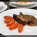 20100627-洋菇煎豬排附橄欖形胡蘿蔔1