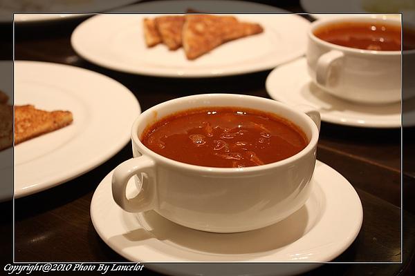 20100626-匈牙利牛肉湯