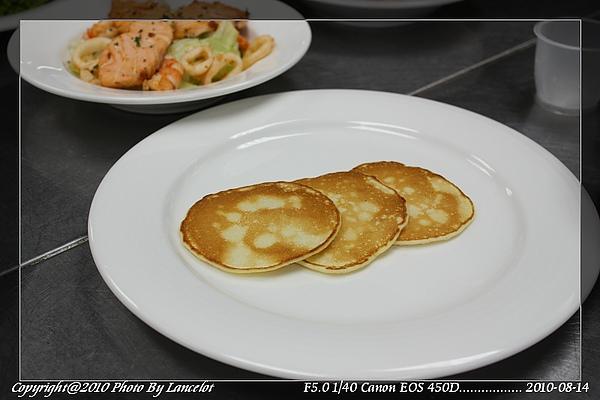 nEO_IMG_20100814-303E-1早餐煎餅.jpg