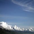 白雲繞山頭
