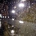 竟然下起了雨!