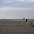 沙漠裡的籃球架