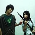 後來這個妹妹想用槍攻擊我