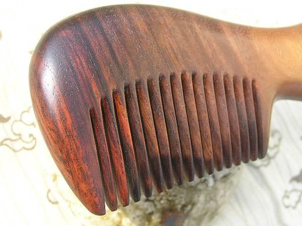 大葉紫檀玫瑰木梳004.JPG