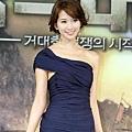 《赤壁》韓國記者會-迷人的完美曲線2.jpg