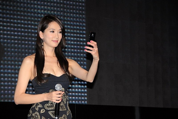 林志玲-LG BL40 手機代言53.jpg