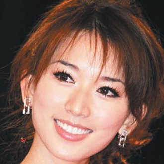 台灣人最喜愛的珍珠貝齒微笑名人.jpg