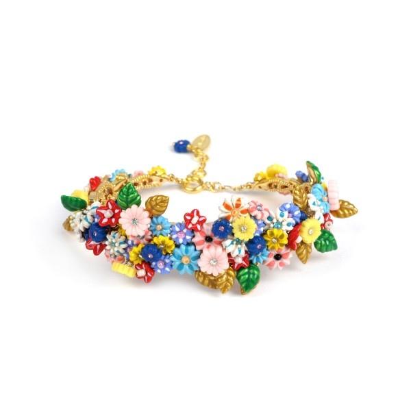 mutli-flowers-couture-bracelet