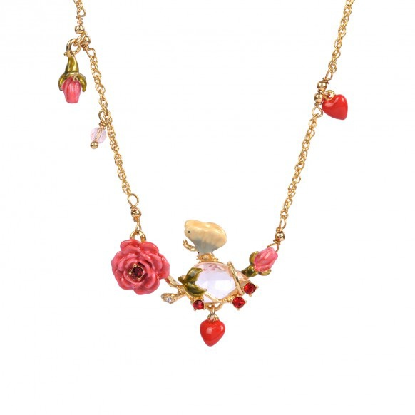 collier-rose-et-papillonet-pierre-taillee