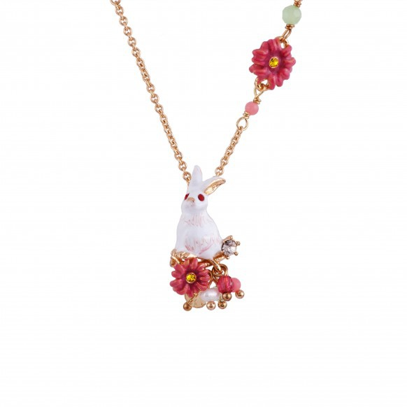 rabbit-on-a-flowerbed-necklace