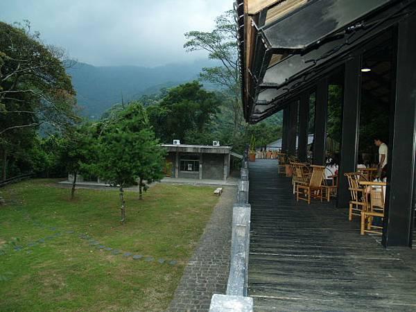 豐鄉迷你國小改建的咖啡廳