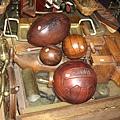 真皮製的古董球