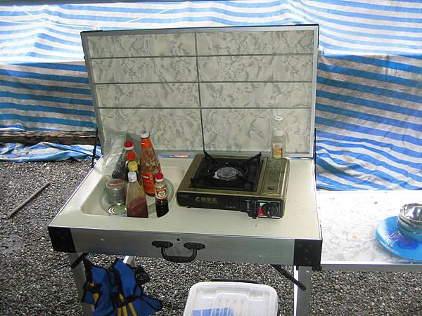 2007.9.這是老闆送的二手行動廚房