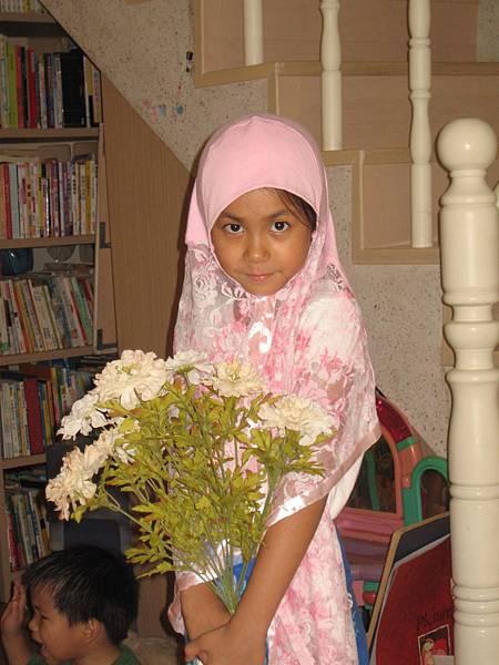 看我像不像阿拉伯女郎?