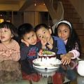 青青的四歲生日