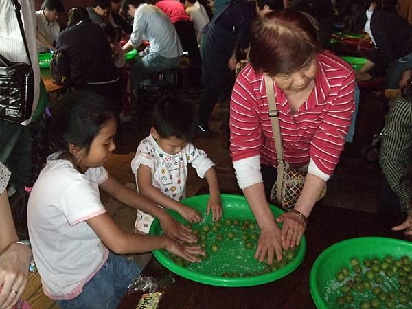 2008.4.4.鶯歌陶瓷博物館青梅季