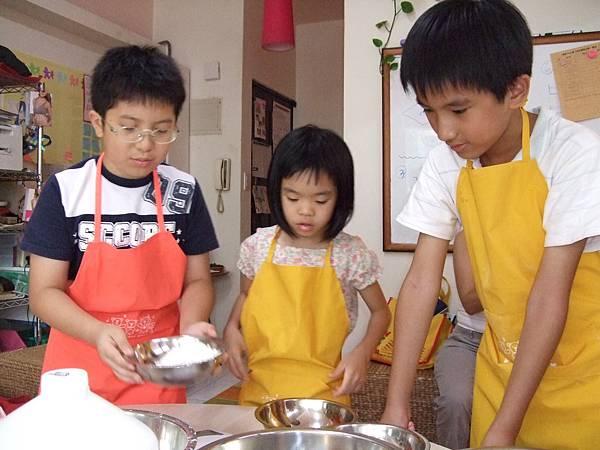 誰說男生不能上烹飪課?