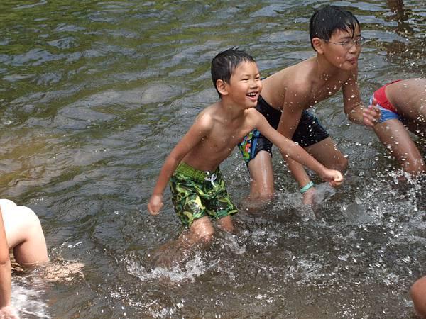 2008.8.23金山清水溪露營記 (14).jpg