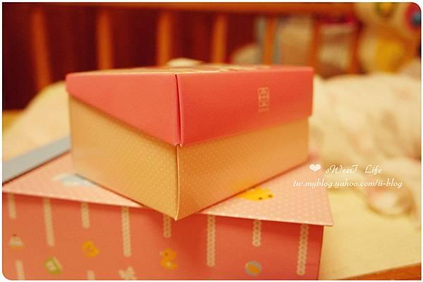 金格-Baby Kitty彌月禮盒 (1).JPG