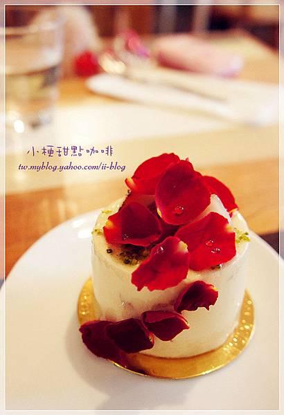 台中-小梗甜點咖啡 (4).JPG